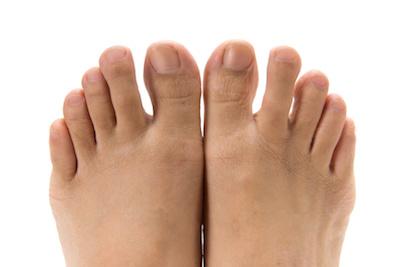 しびれ 右足 親指